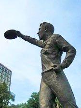 memorial-statue2